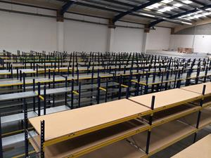 Single tier racking system